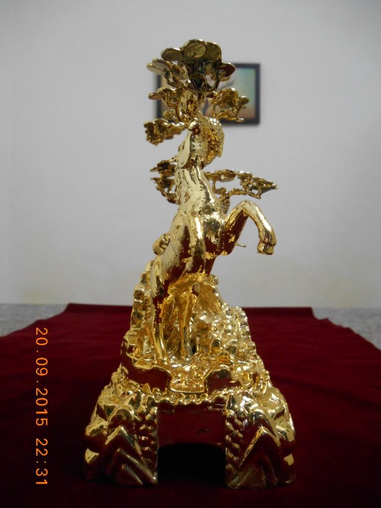 ngua-ma-vang5