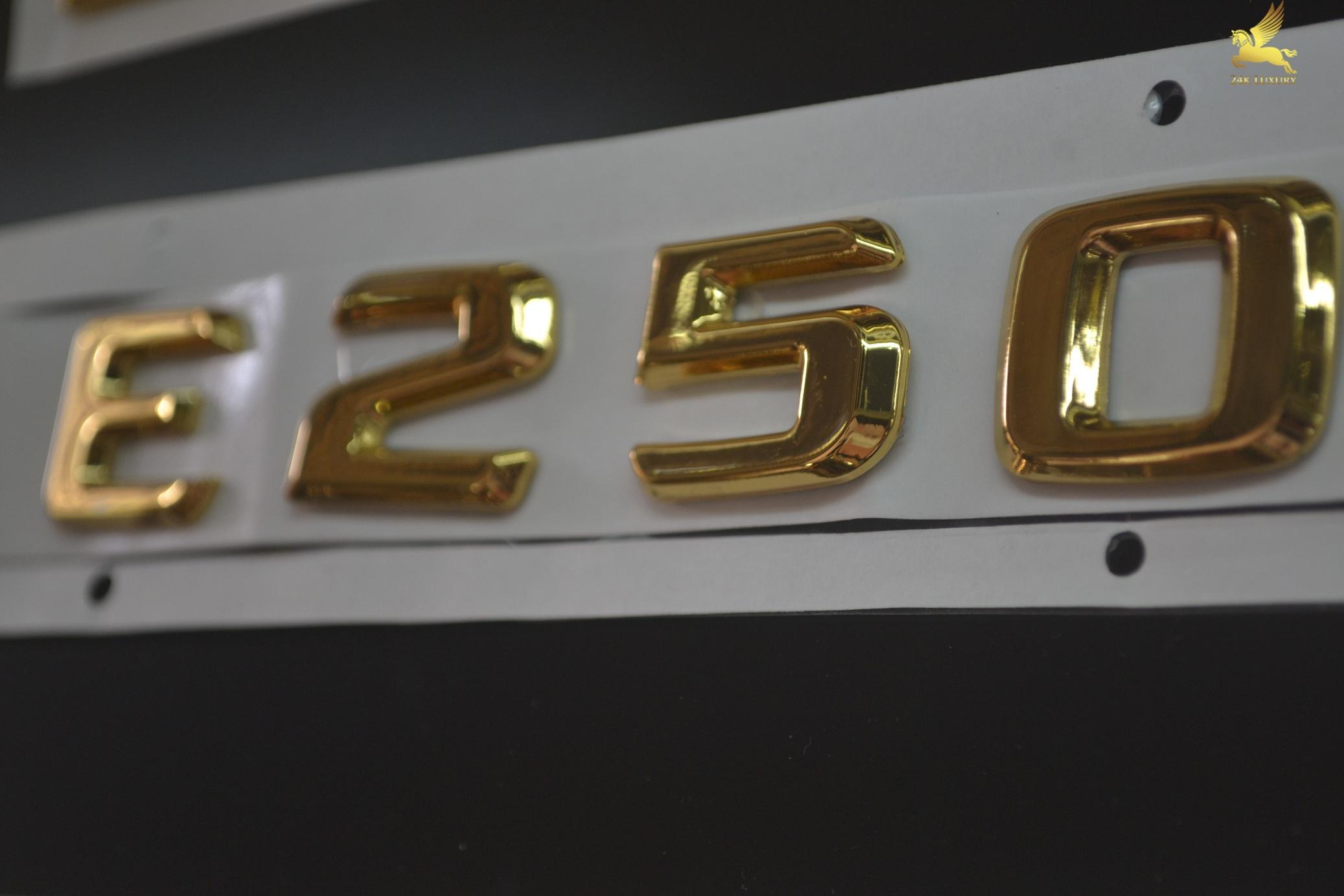 Logo E250 được mạ vàng 24k trở nên rất đẳng cấp