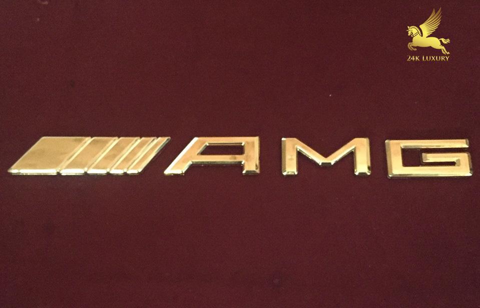 Logo mạ vàng
